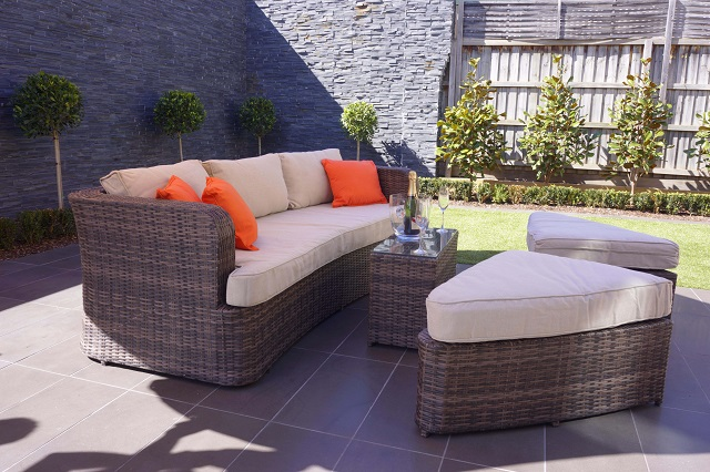 4 Piece Deep Seating Outdoor Daybed with Cushions